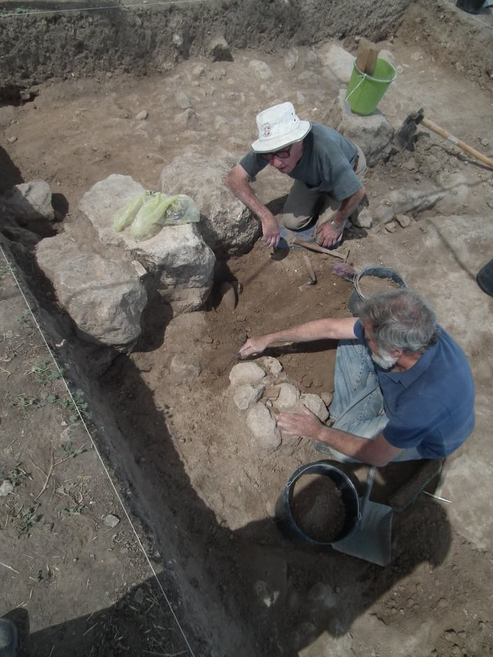 Juilo (left) and David, son (right) excavating the MB juglet!