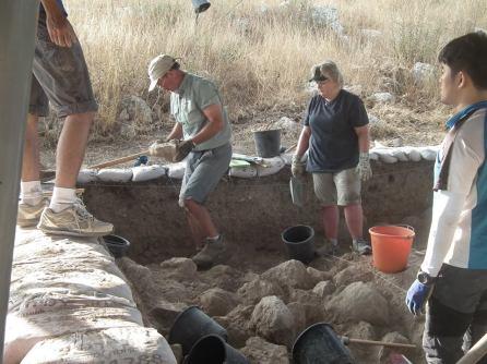 Area B1 Tel Burna Gary and Sunny McKinny and Jun digging